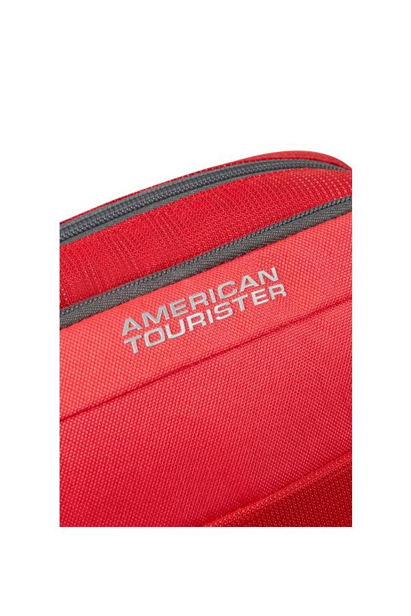 Torby na ramię American Tourister Road Quest Solid Red